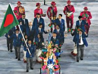 Bangladeshi golfer Siddikur Rahman leads his contingent during the opening ceremony of the Rio 2016 Olympic Games at the Maracana Stadium in Rio de Janeiro on Friday. — AFP photo